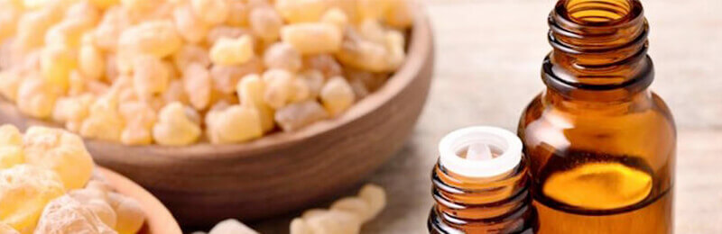 Natural Solutions with Essential Oils Class